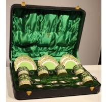 Coffret avec 6 tasses en porcelaine verte