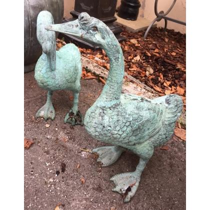 Paire de canards en bronze patine verte