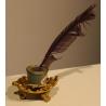 Encrier en porcelaine avec monture en bronze