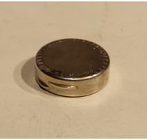 Petite boite à pilules ronde en argent 800
