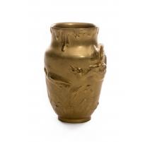 Vase en bronze doré signé A VIBERT