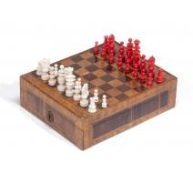 Jeux d'échec en ivoire rouge et blanc