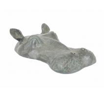 Tête d'hippopotame submergée en bronze