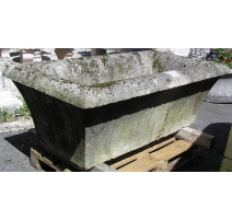 Directoire water trough