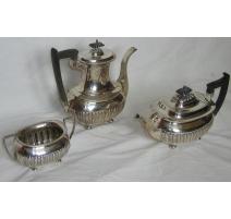 Service à thé en argent WALKER & HALL Sheffield