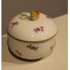 Petite boite de Meissen, décor fleurs