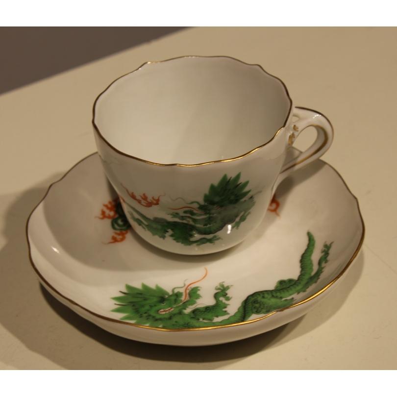"Tasse et sous-tasse de Meissen ""Dragon"""