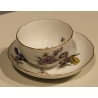 Bol et sous-tasse de Meissen décor fleurs
