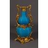 Vase en porcelaine bleue