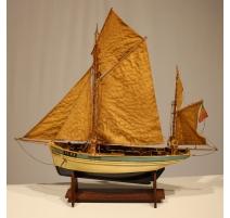 """Maquette de bateau """"CC 829"""""""