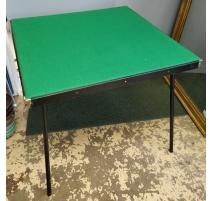 Table de bridge noire et feutre vert