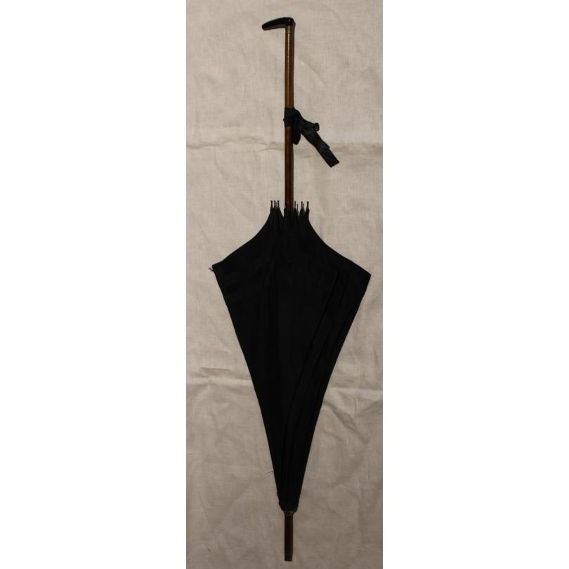 Ombrelle d'enterrement en soie noire