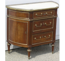 Commode demi-lune Louis XVI.