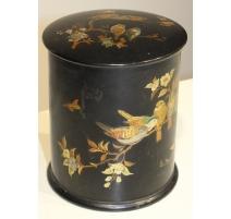 Boite à thé natsume en laque noir oiseaux dorés