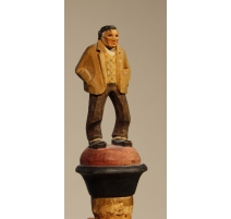 Bouchon en liège Pêcheur Breton en bois sculpté