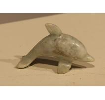 Дельфин в твердый камень синий