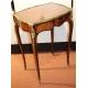 Table de salon style Louis XV marquetée