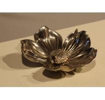 Cendrier en forme de fleur, en bronze argenté