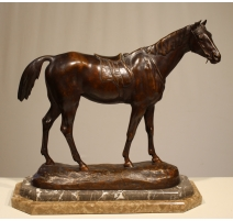 Bronze Cheval signé P. COMOLÉRA