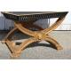 Table-plateau en bois peint noir et or