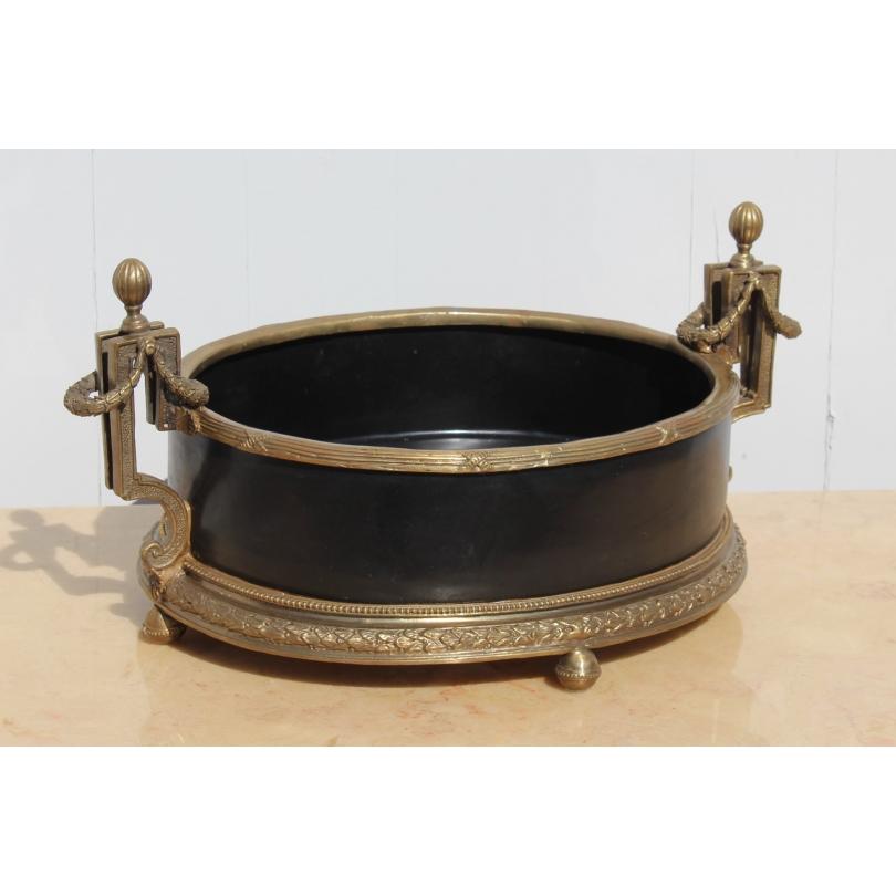 Jardinière ovale en porcelaine noire et bronze