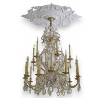 Lustre style Louis XVI à 18 lumières de DELISLE