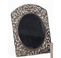 Marco de plata de 900 calado decoración de tracería