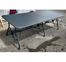 Table modèle Arras en fer forgé anthracite mat