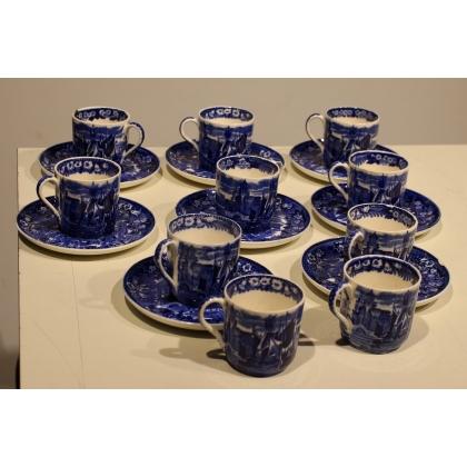 Lote de 8 tazas y los platillos Wedgwood