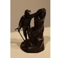 Sculpture montagnard en régule