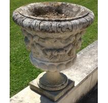 """Urne """"Guirlande"""" en pierre de Vicenza"""