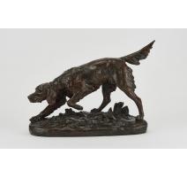 Epagneul sur le qui-vive en bronze signé MASSON