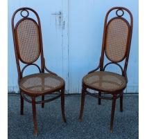 Paire de chaises n°17 signées Thonet