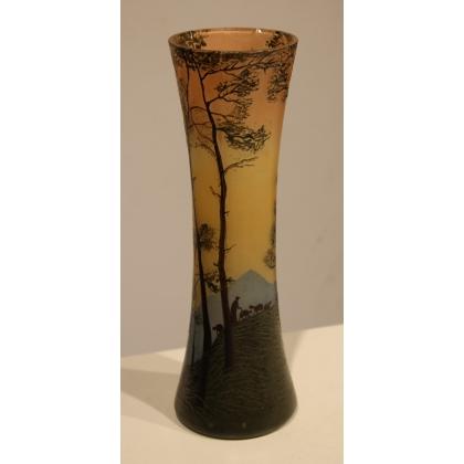 Vase en pate de verre Berger signé LEGRAS