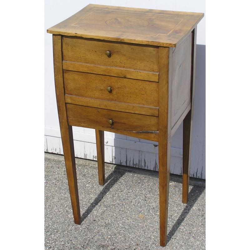 chevet directoire 3 tiroirs sur moinat sa antiquit s d coration. Black Bedroom Furniture Sets. Home Design Ideas