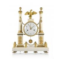 Pendule portique Louis XVI marbre blanc et bronze
