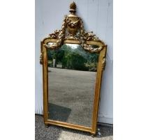 Miroir Louis XVI fronton urne, modèle de Funk