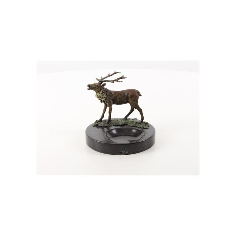 Cendrier orné d'un Cerf en bronze peint à froid