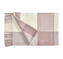 Plaid Carré en laine d'Alpaga coloris rose
