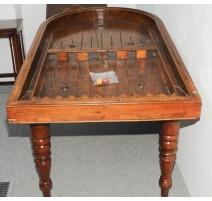 Table à jeux de bagatelle