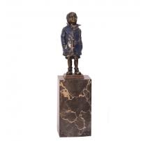 Bronze polychrome Garçon, socle en marbre