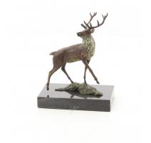 Bronze polychrome Cerf, socle en marbre