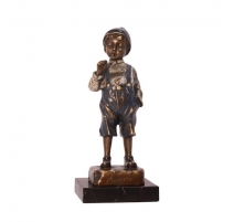 Bronze polychrome Garçon fumeur, socle en marbre