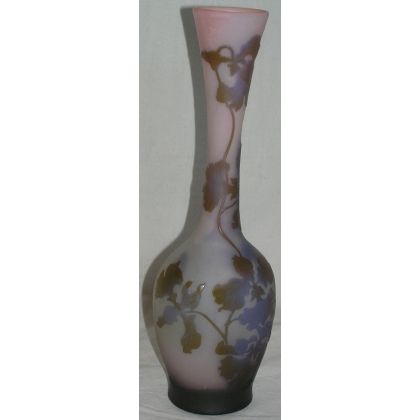 Vase piriforme de GALLE.