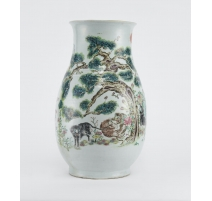 Grand vase en porcelaine décor tigre