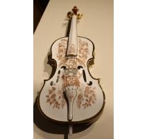 Violon en porcelaine signé Endre SZASZ 83