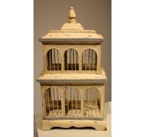 Cage à oiseaux en tôle blanche