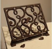Lutrin de table en fonte brune