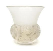 Vase Renoncule, signé R. LALIQUE