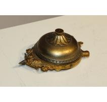 Sonette de table en forme de tortue en bronze
